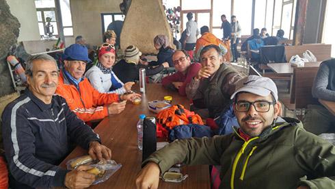 گروه کوهنوردی پرسون - رستوران باغ گردو - درکه