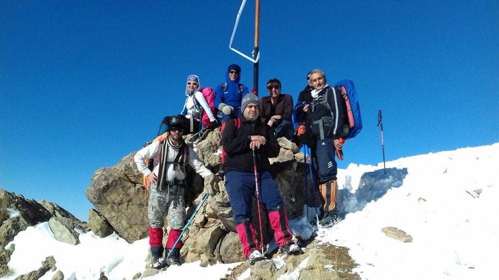 گروه کوهنوردی پرسون - قله چین کلاغ