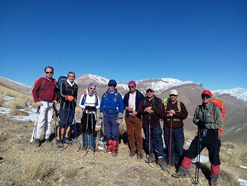 گروه کوهنوردی پرسون - قله واریش