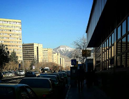 چشم انداز قله بند عیش از شهرک اکباتان