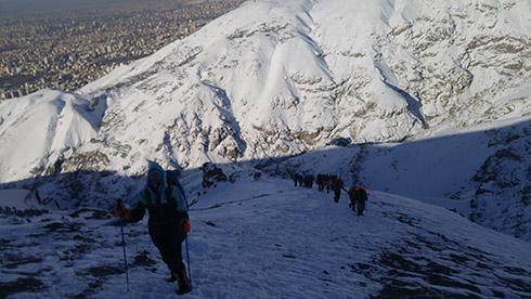 گروه کوهنوردی پرسون - شیب تند قله دارآباد