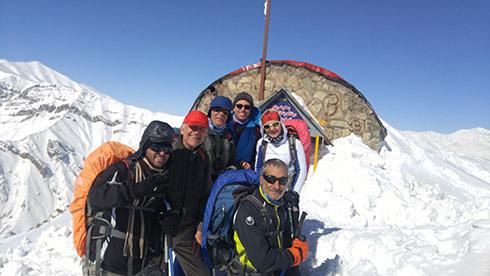 گروه کوهنوردی پرسون بر فراز قله دارآباد
