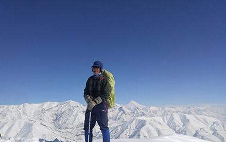 استاد تاجبخش - سرپرست گروه کوهنوردی پرسون