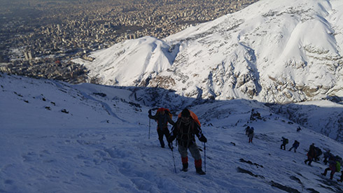 گروه کوهنوردی پرسون - شیب تند قله دارآباد - آقای قلی زاده و آقای رضایی