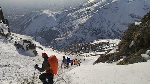 گروه کوهنوردی پرسون - شیب تند بازگشت از قله
