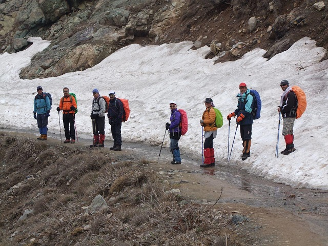 گروه کوهنوردی پرسون -  برنامه قله توچال - فرود ولنجک