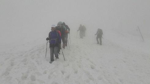 گروه کوهنوردی پرسون - قله توچال به سوی ایستگاه 7
